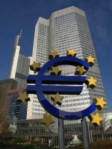 EZB senkt Leitzins auf das neue Rekordtief von 0,25 Prozent